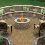 Retaining Wall with Circular Patio to Enhance the Beauty
